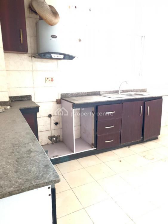 Spacious 3 Bedroom Apartment, Lekki Phase 1, Lekki, Lagos, Flat for Rent