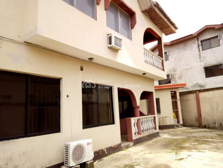 4 Bedrooms Wing of Duplex, Crystal Estate, Amuwo Odofin, Lagos, Detached Duplex for Sale