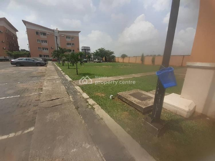 Executive 3 Bedrooms, Housing Estate, Oko-oba, Agege, Lagos, Flat for Rent