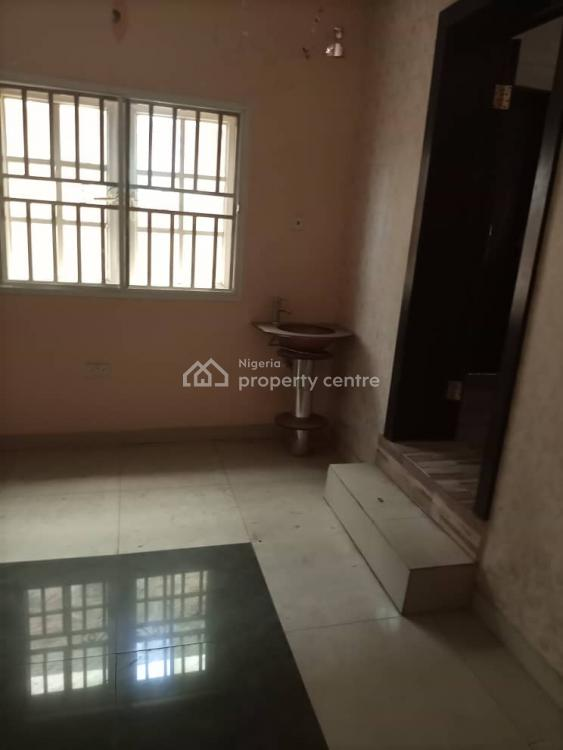 Luxury 5 Bedrooms Mansion, Magodo Phase 1 G. R. a, Magodo, Lagos, Detached Duplex for Sale