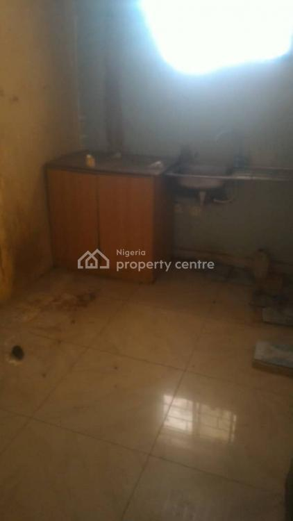 2 Bedrooms Flat, Johnson Awe Area, Oluyole Extension, Ibadan South-west, Oyo, Flat for Rent