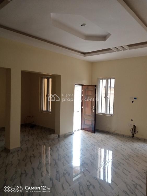 Fantastic 3 Bedroom Flat, Close to 2nd Toll Gate, Lekki Expressway, Lekki, Lagos, Flat for Rent