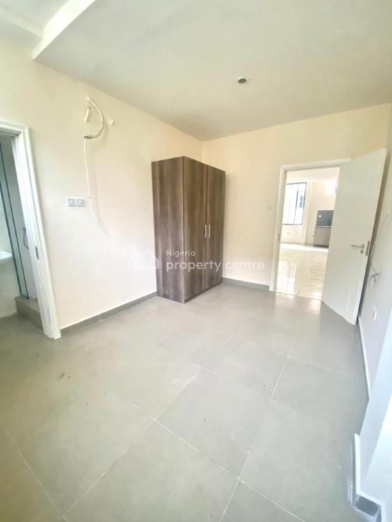 Affordable Luxury 2 Bedroom Apartment, Lekki Phase 1, Lekki, Lagos, Block of Flats for Sale