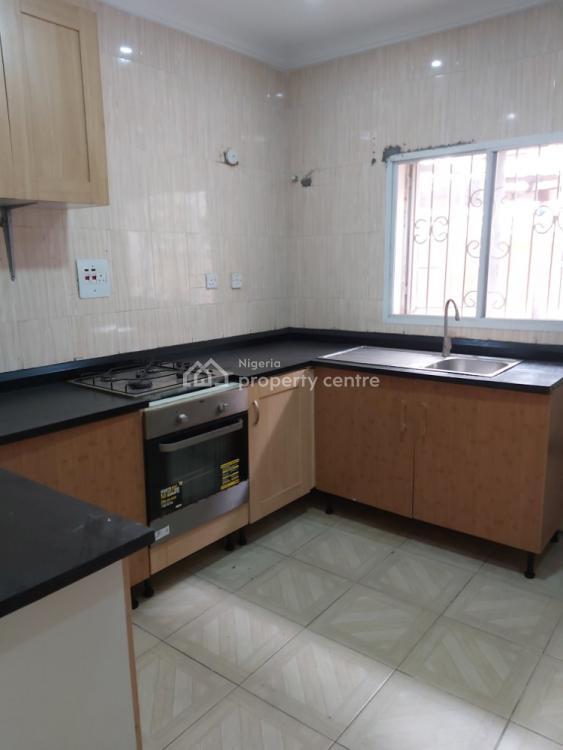 Luxury 1 Bedroom Flat with Bq, Off Muri Sodiq Drive, Ologolo, Lekki, Lagos, Mini Flat for Sale