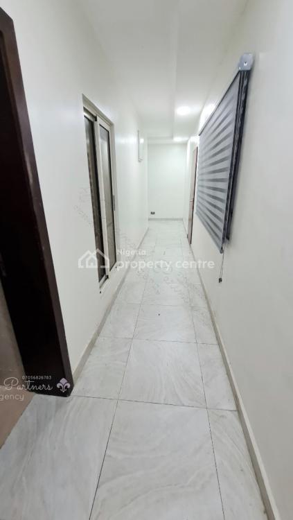 3 Bedrooms Flat. 24 Hours Light, Off Admiralty Way, Lekki Phase 1, Lekki, Lagos, Flat for Rent