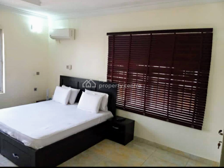 Well Finished and Furnished 3 Bedroom Apartment, Off Queens Drive, Ikoyi, Lagos, Flat Short Let