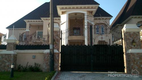 For sale 6 bedroom mansion with swimming pool guest for Mansions in nigeria for sale