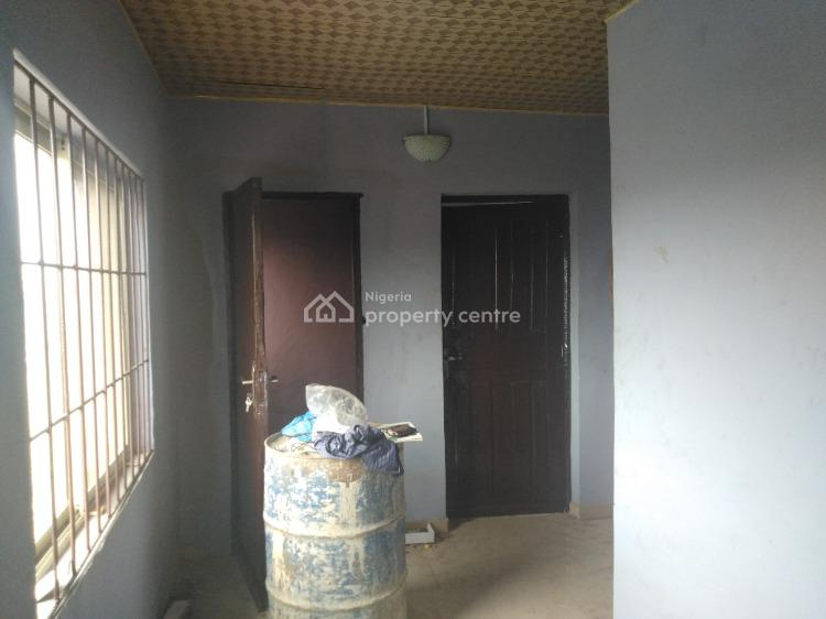Mini Flat, Off Kayode Street, Onipanu, Shomolu, Lagos, Mini Flat for Rent