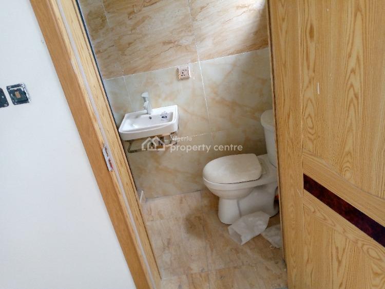 Four Bedroom Semi Detached, Lafiaji, Lekki, Lagos, Semi-detached Duplex for Sale