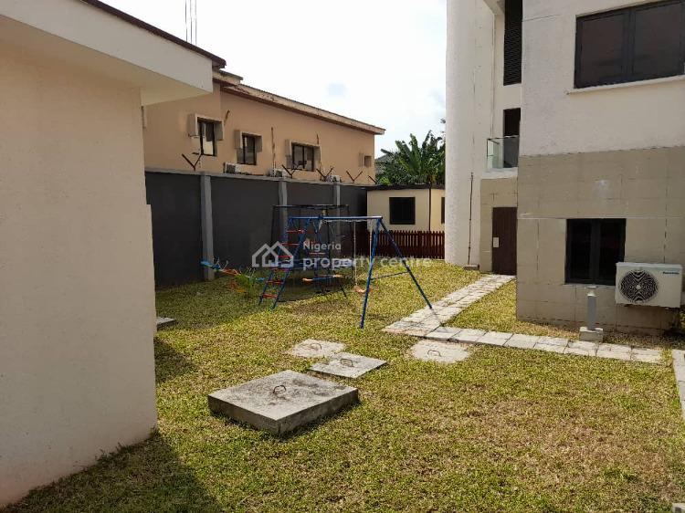Spacious 1 Bedroom Mini Flat with 2 Toilet and Bq, Old Ikoyi, Ikoyi, Lagos, Mini Flat for Rent