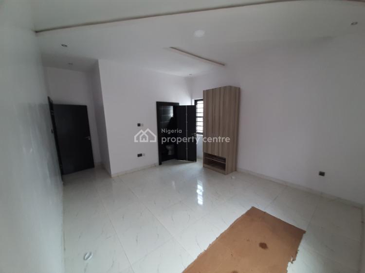 5 Bedroom En-suite Fully Detached Duplex with a Bq & Swimming Pool, Chevron Drive, Lekki, Lagos, Detached Duplex for Sale