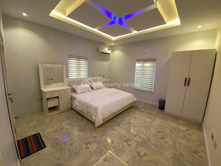 Luxurious 3 Bedroom Apartment with Swimming, Gym and a Pitch, Vantage Court, Bogije, Ibeju Lekki, Lagos, House Short Let