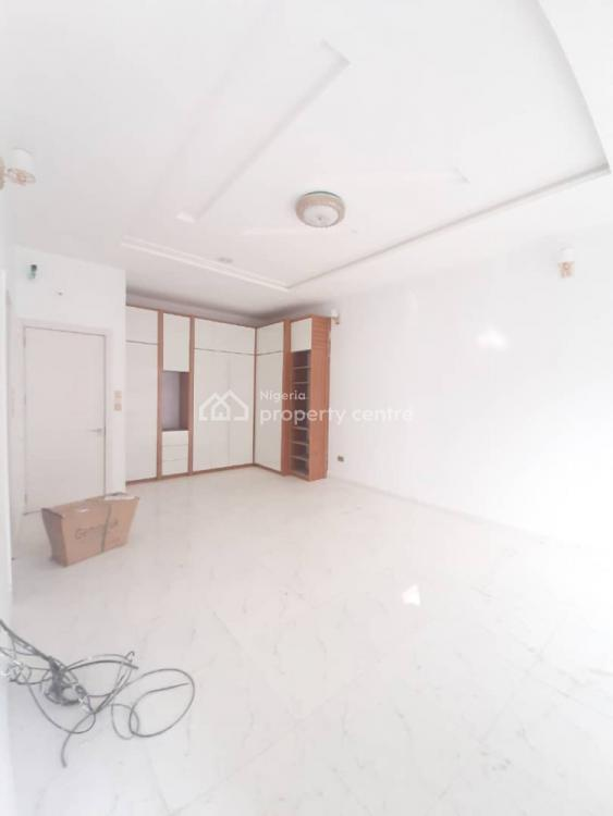 Lovely 4 Bedroom Detached and 1 Bq, Chevron Drive, Lekki Phase 2, Lekki, Lagos, Semi-detached Duplex for Sale