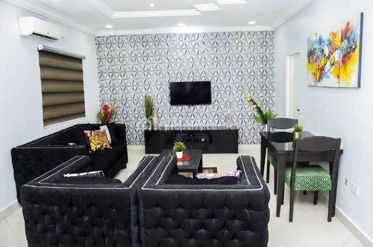 2 Bedroom Luxury Flat Space, Off Admiralty Way, Lekki Phase 1, Lekki, Lagos, Flat Short Let