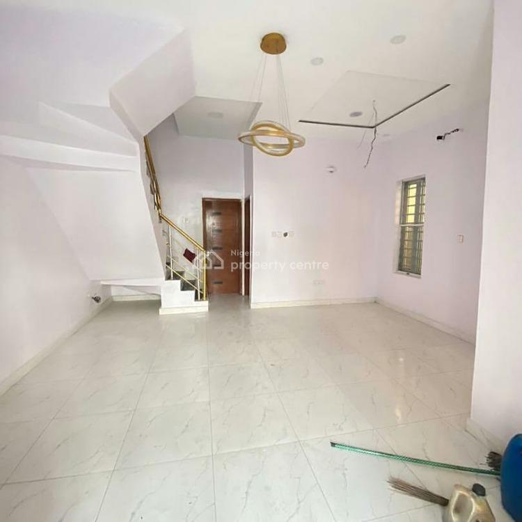 4 Bedrooms Terrace with Bq Available, Ikota, Lekki Phase 2, Lekki, Lagos, Terraced Bungalow for Sale