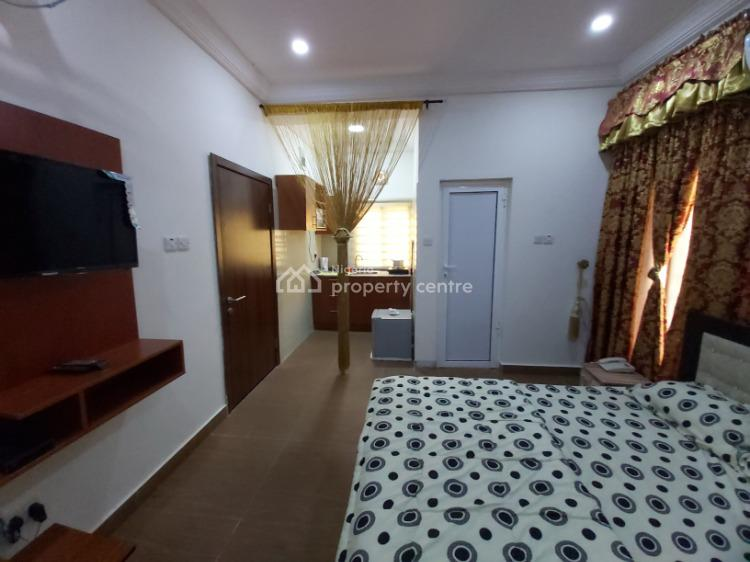 Fully Furnished and Serviced Luxury Studio Apartment, Highgate Estate, Wuye, Abuja, Self Contained (single Rooms) Short Let