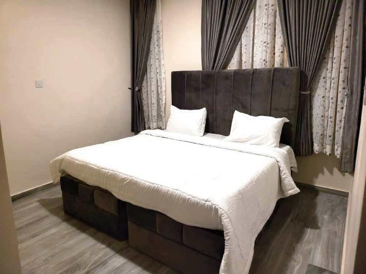 Luxuriously Furnished 4 Bedroom Semi-detached Duplex + Bq, Pinnock Beach Estate, Osapa, Lekki, Lagos, Semi-detached Duplex Short Let