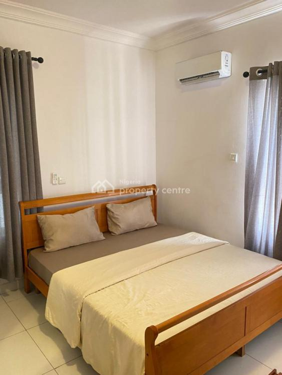 Metro 3 Bedroom Apartment, Off Admiralty Way., Lekki Phase 1, Lekki, Lagos, Flat Short Let
