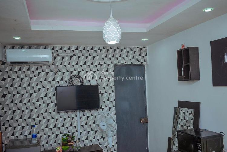 Tastefully Furnished Roomself  Apartment, 28,ilaje Rd, Akoka, Yaba, Lagos, Self Contained (single Rooms) Short Let