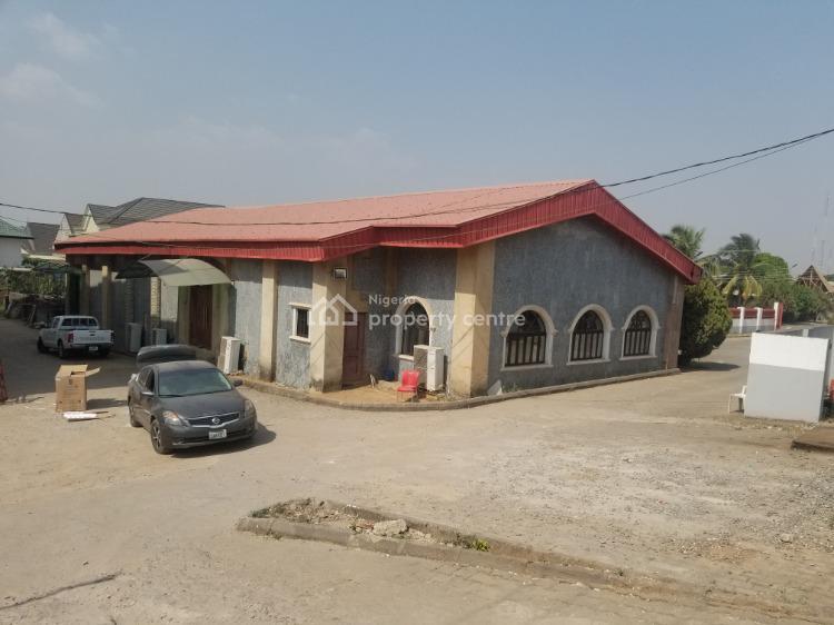 Shopping Complex Plaza, Zone 3, Wuse, Abuja, Plaza / Complex / Mall for Sale