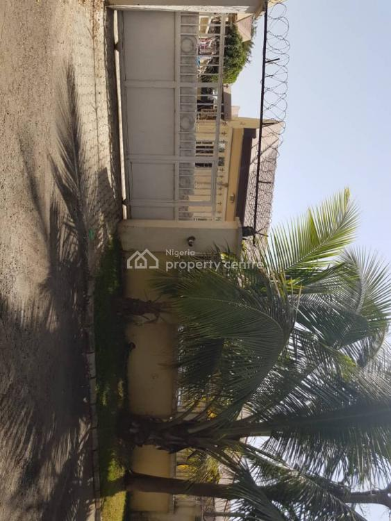 3 Bedroom Well-maintained Semi-detached, Galadimawa, Abuja, Semi-detached Bungalow for Sale