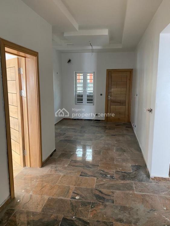 5 Bedrooms Semi Detached with Bq, Royal Garden, Ajah, Lagos, Semi-detached Duplex for Sale