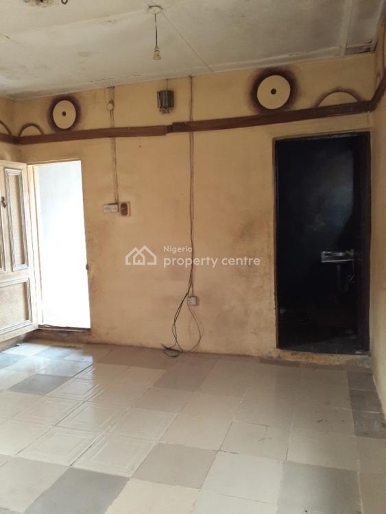a Decent Mini Flat Apartment, Olu Okewunmi Street Ijegun Road Ikotun, Ijegun, Ikotun, Lagos, Mini Flat for Rent