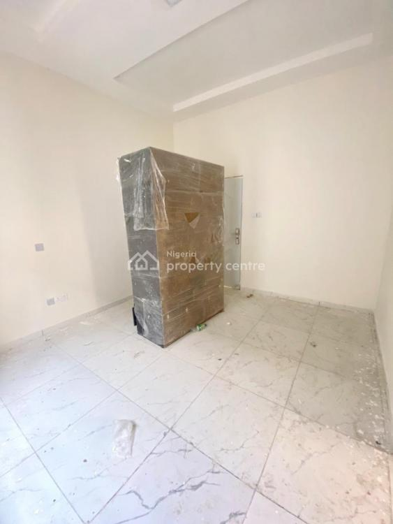 Lovely 3 Bedroom Apartment, 2nd Toll Gate, Lekki, Lagos, House for Sale