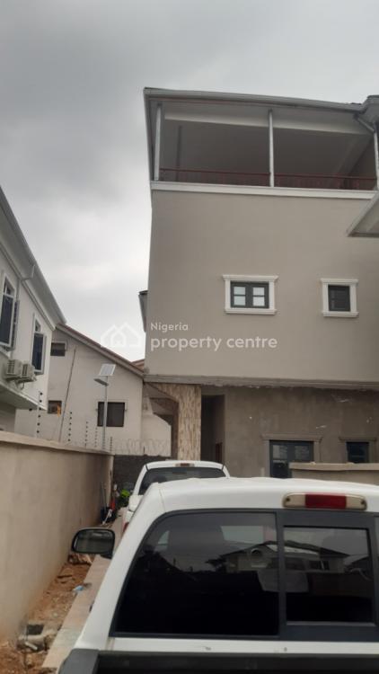 6 Bedrooms Semi Detached House, Gra, Ogudu, Lagos, Semi-detached Duplex for Sale