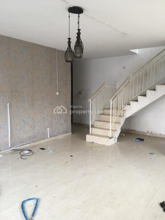 3 Bedroom Wing of Duplex, Natufe / Babs Animashaun/ Surulere, Surulere, Lagos, Semi-detached Duplex for Rent