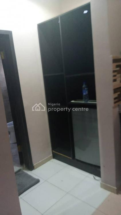 Unique Studio Apartment, Off Admiralty Way., Lekki Phase 1, Lekki, Lagos, Self Contained (single Rooms) Short Let