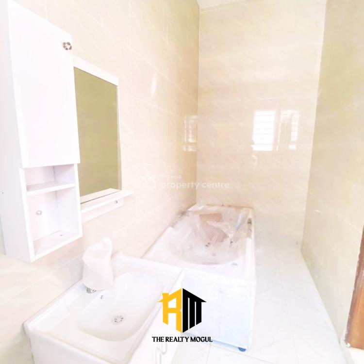 Serviced 4 Bedroom Detached Duplex + 1 Room Bq, Lafiaji, Lekki, Lagos, Detached Duplex for Sale