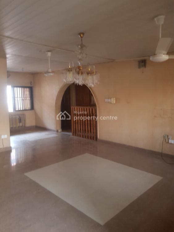 Decent and Spacious 2 Bedroom, Off Samuel Ajayi Street, Gra, Magodo, Lagos, Flat for Rent