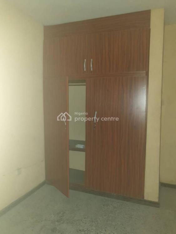 Nice and Spacious 3 Bedroom Flat, Off Adetola Street, Aguda, Surulere, Lagos, Flat for Rent
