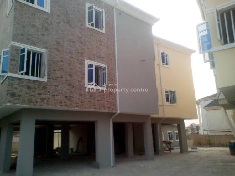 3 Bedrooms Flat in a Block of 5 Flats, Omole Phase 2, Ikeja, Lagos, Flat for Sale