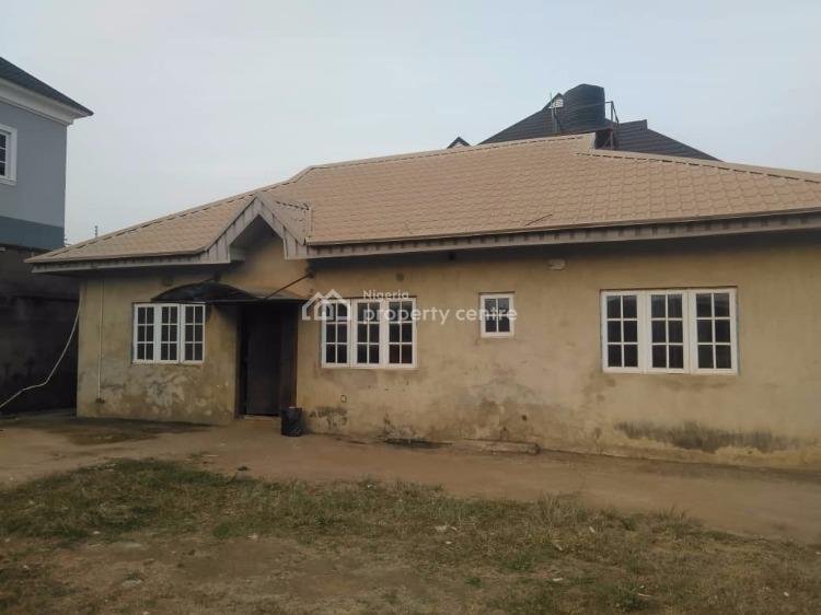 3 Bedroom Flat, Akala Estate, Akobo, Ibadan, Oyo, Detached Bungalow for Rent
