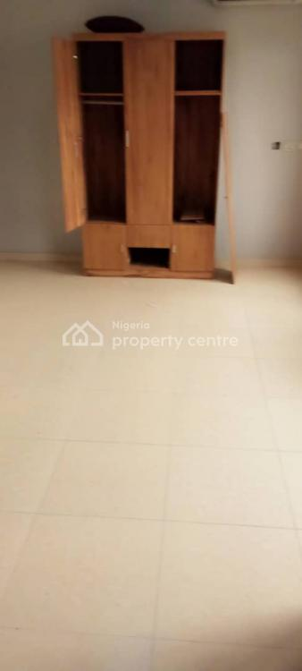 5 Bedroom Duplex Fully Detached with Bq in an Estate, Chevron Axis, Lekki, Lagos, Detached Duplex for Rent