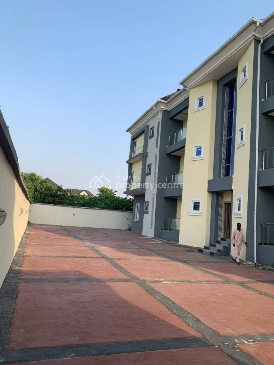 Luxury 3 Bedroom Flat with Bq -dpaj3f(6u), Ajah, Lagos, Block of Flats for Sale