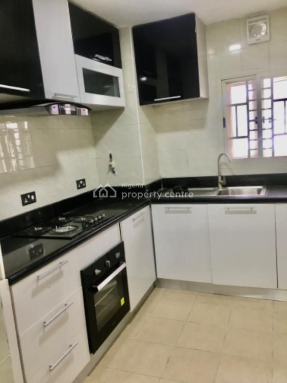 Luxury and Fully Serviced 3 Bedroom Flat, Lekki Phase 1, Lekki, Lagos, Flat for Rent