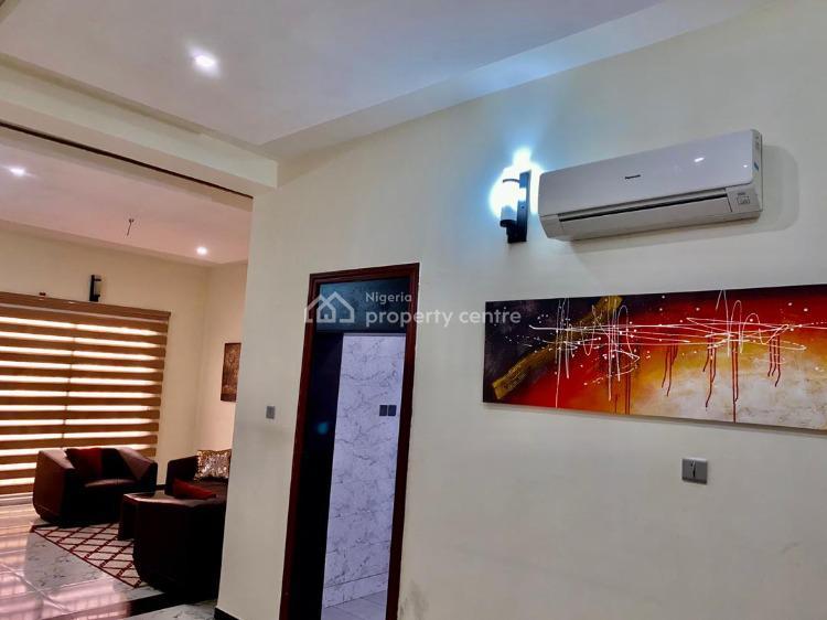 Exquisitely Furnished 2 Bedroom, Lekki Phase 1, Lekki, Lagos, Flat Short Let