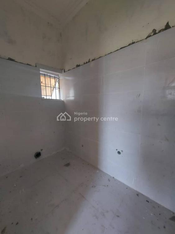 3 Bedroom Apartment with a Room Bq, Lekki Phase 2, Lekki, Lagos, Block of Flats for Sale