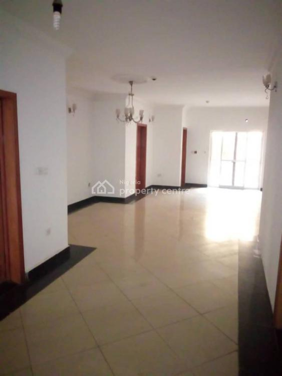 Luxury Two (2) Service Flat, Off Admiralty  Way, Lekki Phase 1, Lekki, Lagos, Flat for Rent