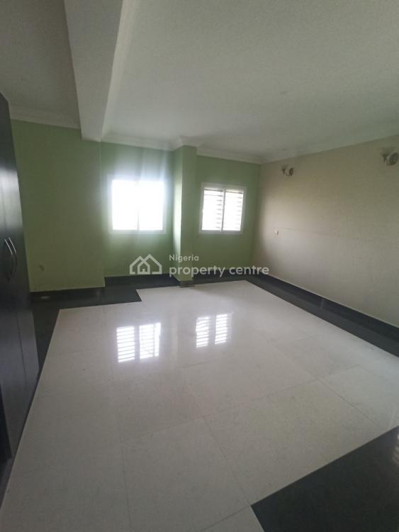 Nicely Built Three Bedroom Flat, Ikate Elegushi, Lekki, Lagos, Flat for Rent