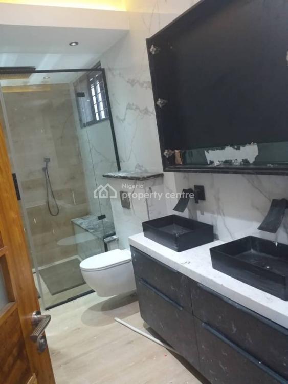 Luxurious,  Spacious Bedroom Duplex with Bq, Off Road 14, Lekki Phase 1, Lekki, Lagos, Detached Duplex for Sale
