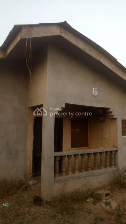 3 Bedroom Bungalow, 18 Adelani Street Matogun, Olambe, Ifo, Ogun, Detached Bungalow for Sale