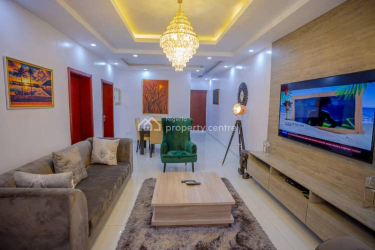 Aesthetic 2 Bedroom Apartment with Lush Finishes and Features, Off Admiralty Way, Lekki Phase 1, Lekki, Lagos, Flat Short Let