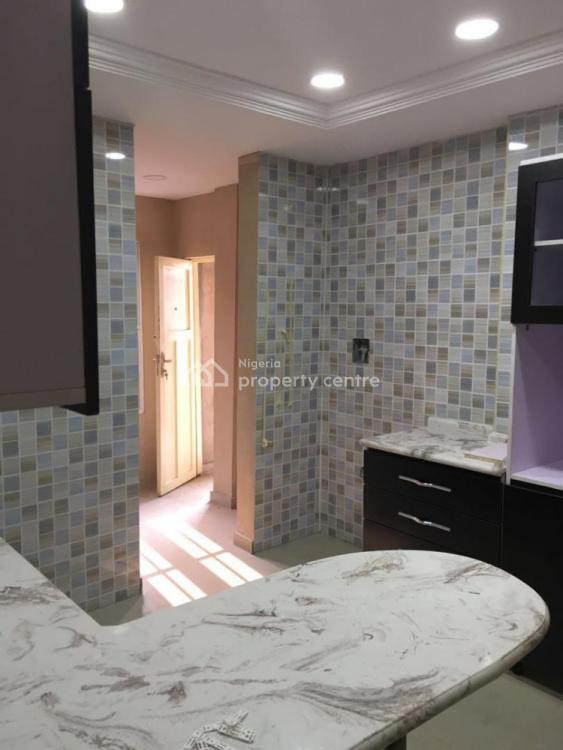 3 Bedroom Luxury Flat, Johnsons Court, Mende, Maryland, Lagos, Flat / Apartment for Sale