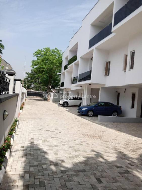 4 Bedroom Serviced Townhouse with Staff Quarters, Oduduwa Crescent, Ikeja Gra, Ikeja, Lagos, Terraced Duplex for Rent