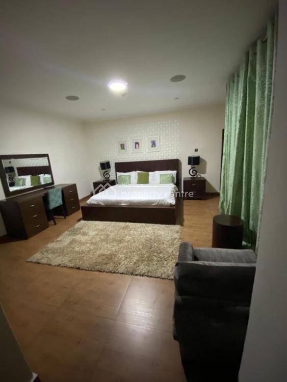 Luxury 3 Bedrooms Duplex, Admiralty, Lekki Phase 1, Lekki, Lagos, Terraced Duplex Short Let