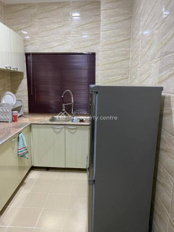 Tastefully Furnished 2 Bedroom Apartment with Excellent Facilities, Chevron Drive, Lekki, Lagos, Flat Short Let